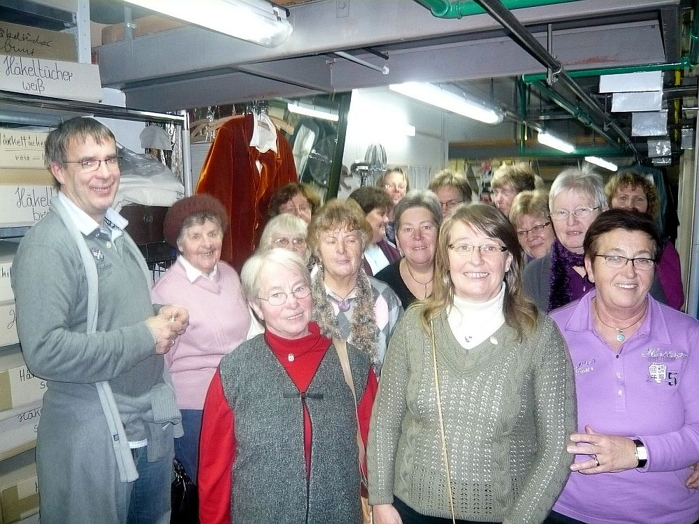 www.gelbesblatt.info Adenstedter Landfrauen erkunden das Opernhaus
