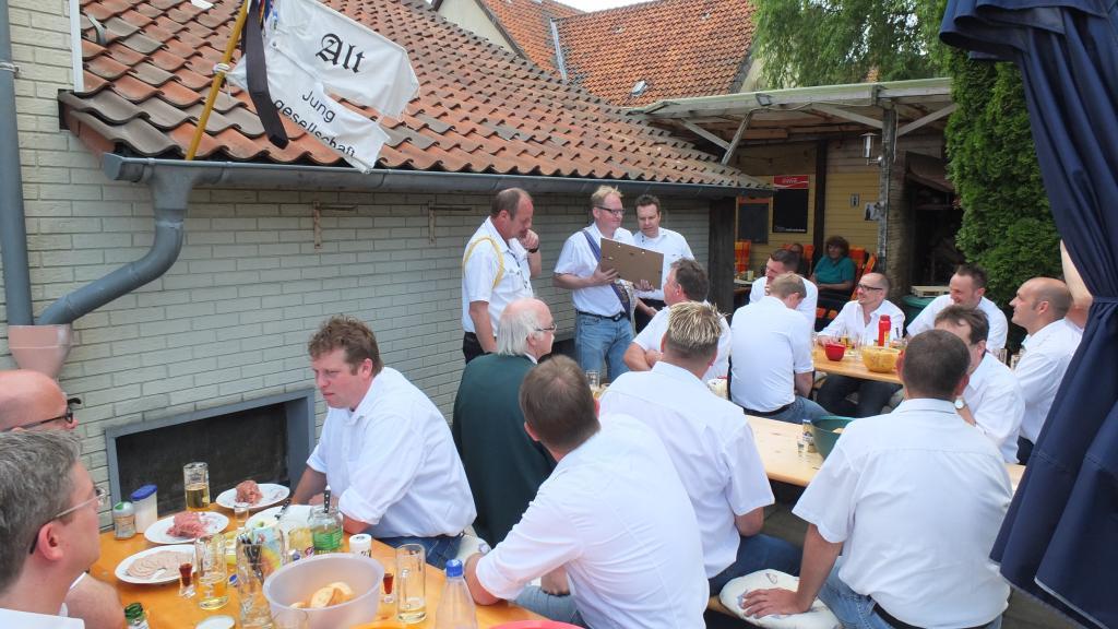 www.gelbesblatt.info Königsproklamation 2016 der Alt-JG Adenstedt