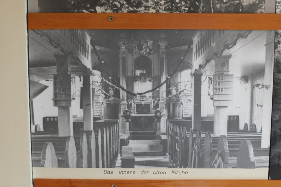www.gelbesblatt.info Vor hundert Jahren mußte die Adenstedter Kirche dem Bergbau weichen