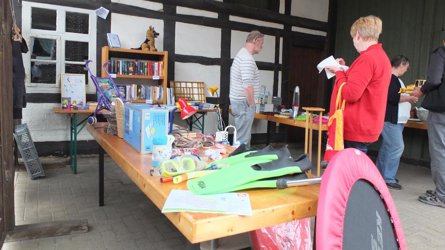 www.gelbesblatt.info 2.ter Adenstedter Dorfflohmarkt