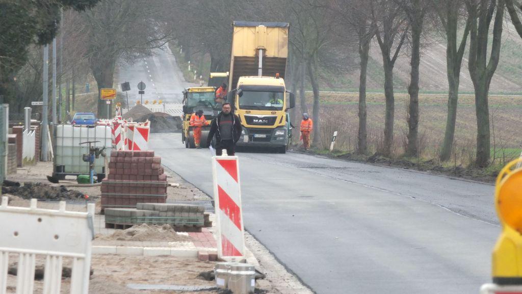 www.gelbesblatt.info Asphaltierung dritter Bauabschnitt
