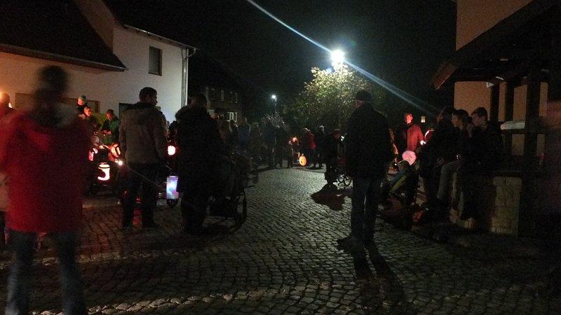 www.gelbesblatt.info Lampionumzug 2017
