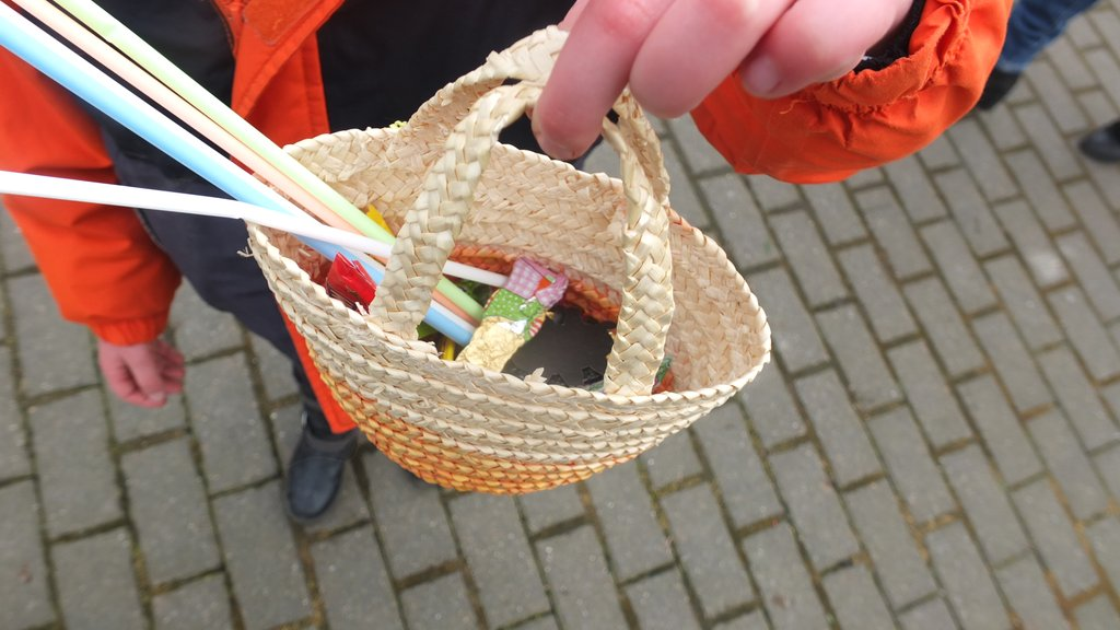 www.gelbesblatt.info Fröliches Ostereiersuchen begeisterte die Kids.